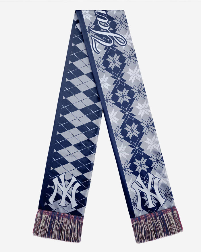 New York Yankees Reversible Ugly Scarf FOCO - FOCO.com