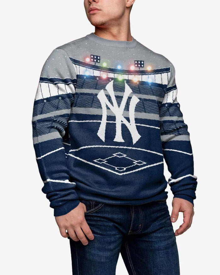 New York Yankees Light Up Bluetooth Sweater FOCO 2XL - FOCO.com