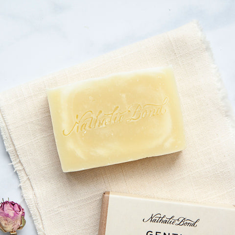 Alice & Peg New Beginnings Box - Luxury Ecofriendly Vegan New Mum & Baby Pamper Gift Set - Featuring an organic handmade soap bar by Nathalie Bond. Unscented and handmade with organic ingredients.