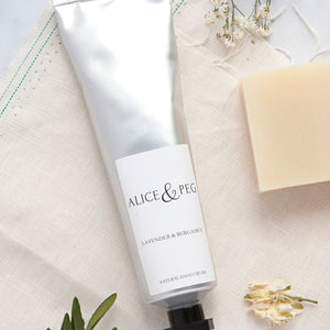 Alice & Peg New Beginnings Box - Luxury Ecofriendly Vegan New Mum & Baby Pamper Gift Set - Featuring natural handcream, made in the UK. Lightly scented with calming lavender and bergamot.