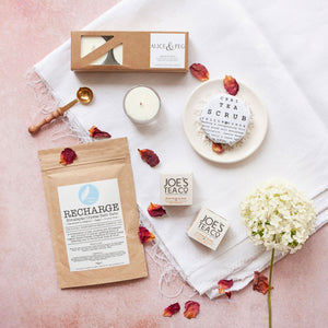 Alice & Peg Pamper Gift Box - Recharge Letterbox Gift Set - Ethical Vegan Pamper Gift UK featuring handmade Recharge bath salts, chai tea body scrub, handpoured meditation candles and two balancing organic herbal teas