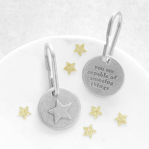 """You Are Capable of Amazing Things"" Star Keyring by Kutuu"