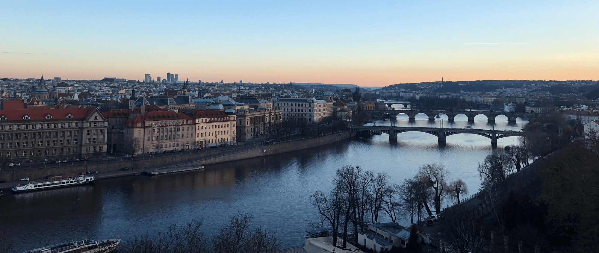 Prague-sunset-river