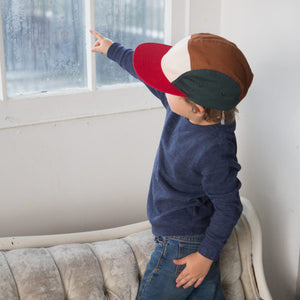 Kids 5 panel hat earth colour block on boy