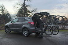 Lolo Rack with dirt jumper and mountain bike - The best 6 bike vertical rack in grey