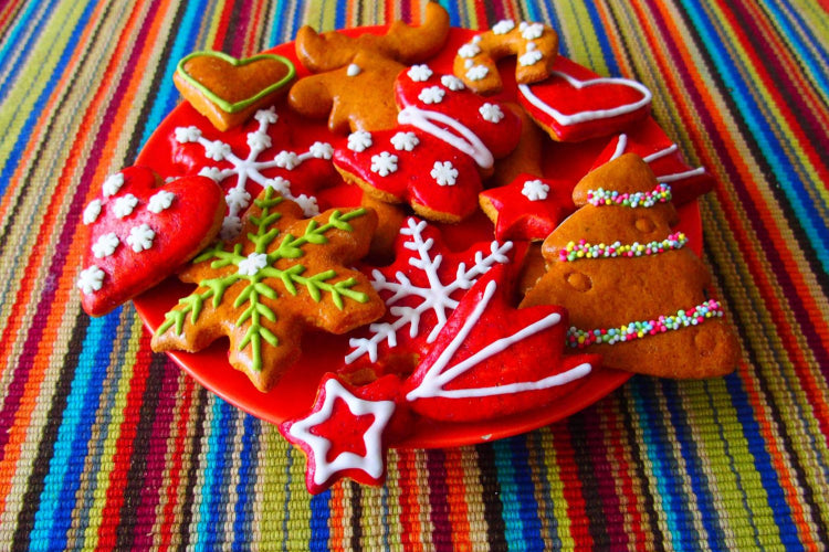 Holiday Spotlight: Christmas Cookies and Candies on Allergic-Santa's Nice List