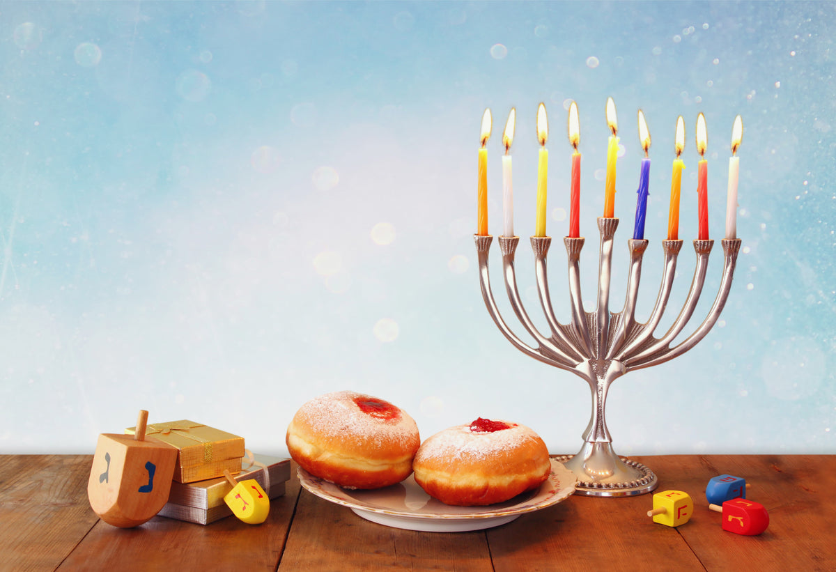 Holiday Spotlight: How to Have a Happy, Allergy-Friendly Hanukkah