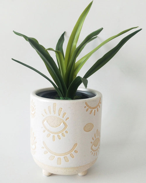 Elemental Eye Planter - White & Sand