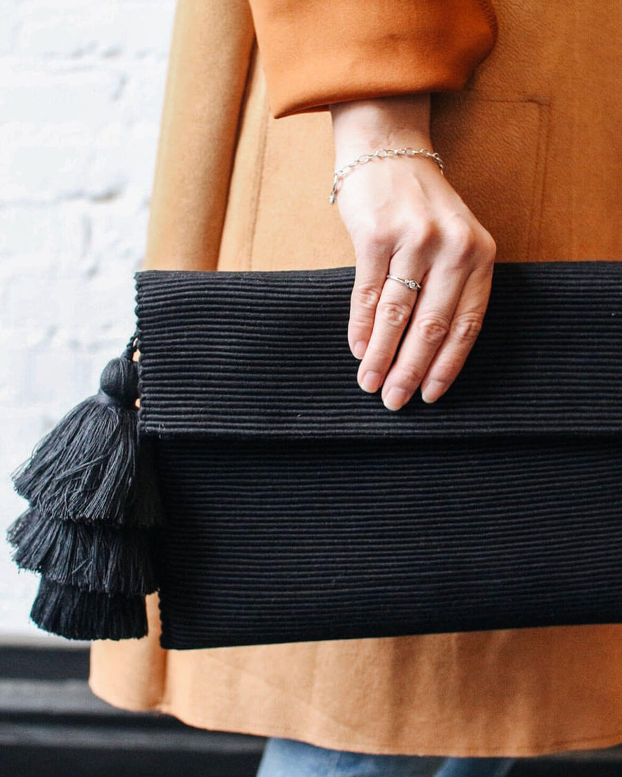 Ande Handwoven Tassel Clutch in Classic Black