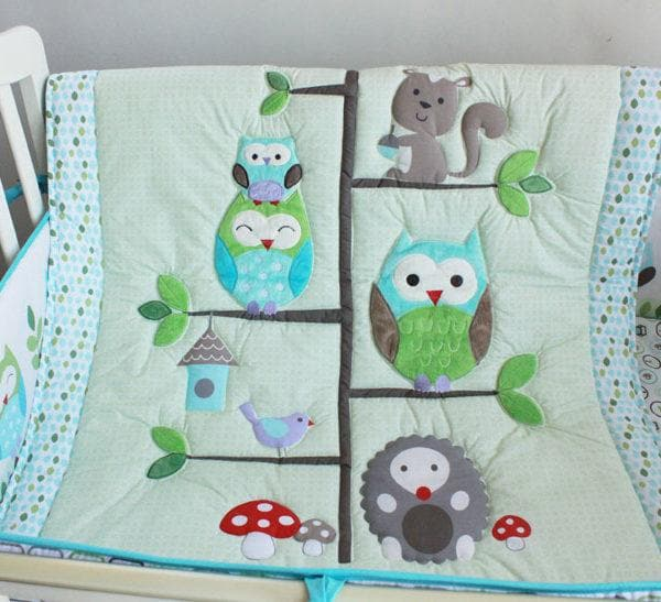 DreamCots 8 Pieces Bedding Set – Green Owl