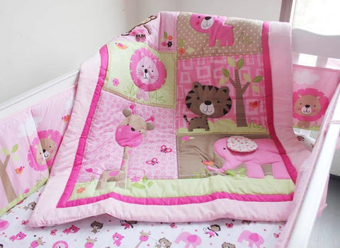 DreamsCots 8 Pieces Bedding Set – Pink Zoo