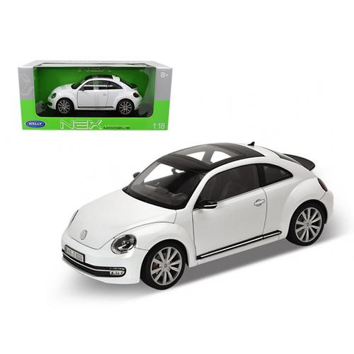 2012 Volkswagen New Beetle White 1/18 Diecast Car Model by Welly