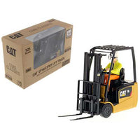 "CAT Caterpillar EP16(C)PNY Lift Truck with Operator ""Core Classics Series"" 1/25 Diecast Model by Diecast Masters"