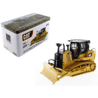 "CAT Caterpillar D7E Track Type Tractor Dozer in Pipeline Configuration with Operator ""High Line Series"" 1/50 Diecast Model by Diecast Masters"