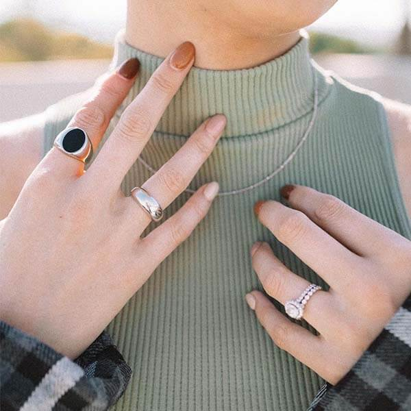 Ana Luisa Jewelry Rings Oval Signet Ring Madison Black Silver