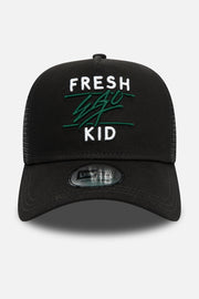 New Era trucker in black and green