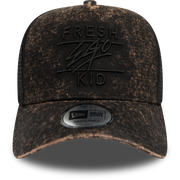 New Era trucker in black acid wash