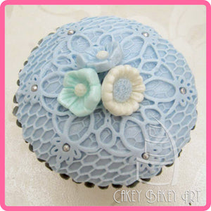 CD - An idea using the Rococo Topper Mold product
