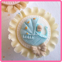 CD - An idea using the Baby Pram Topper Mold product
