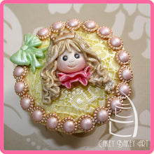 CD - An idea using the Beaded Pearl Borders Mold product