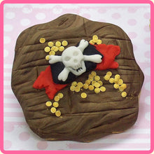 CD - An idea using the Pirate Accessories Sugar Buttons Silicone Mold product