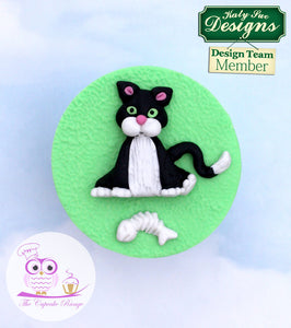 CD - An idea using the Cat Sugar Buttons Silicone Mold product