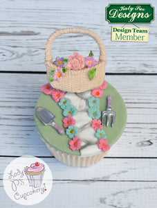 CD - An idea using the Basket and Flowers Silicone Mold product