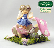C - An idea using the Garden Snail & Toadstools Sugar Buttons Mold product