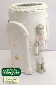 C - Nutcracker Mold