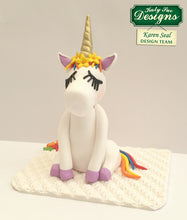 C - An idea using the Unicorn Ears, Horn and Lashes Mould