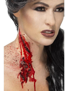 Slash Throat Make-Up