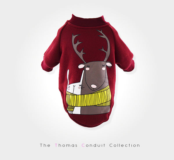 Sweater with deer print