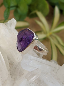 Amethyst raw crystal ring s.6