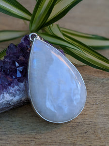 Moonstone large teardrop pendant 20g