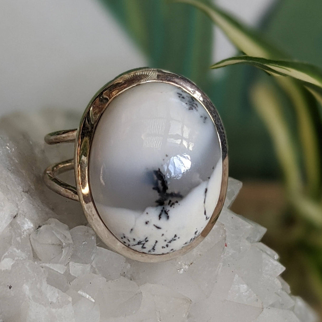 Dendritic Opal oval ring s.10
