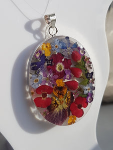 Blue Turtles Wildflowers Collection - Large oval mixed bouquet pendant