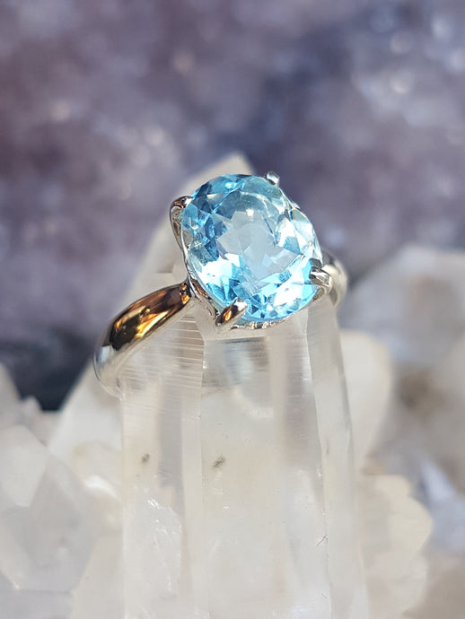 Blue Turtles Blue Topaz ring s.9
