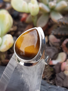 Tiger's Eye teardrop ring s.6.5