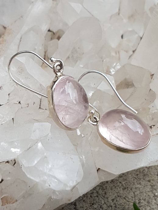 Rose quartz oval earrings