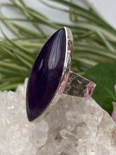 Amethyst Marquise cabochon ring with beaten band s.9 KRGJ651