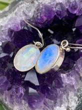 KEGJ275 Moonstone flat oval faceted earrings 5.7g