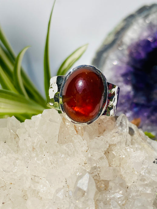 Hessonite Garnet cabochon oval ring with beaten band s.7 KRGJ854