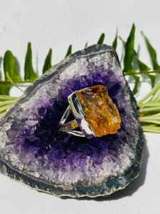 Citrine raw ring with split band s.9 KRGJ869