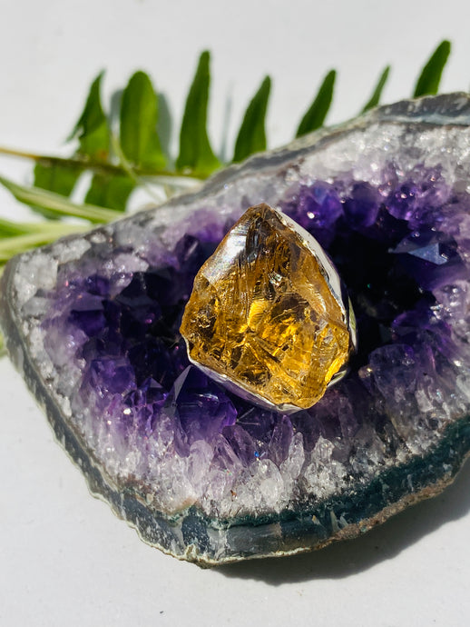 Raw Citrine ring with split band s.8 SGJ130