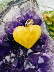 Baltic Amber - Butter Amber Heart AMB25