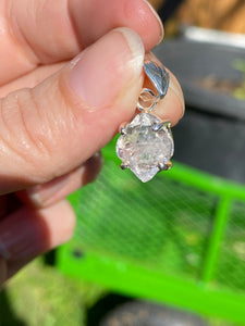 Herkimer Diamond quartz faceted pendent PPGJ186a