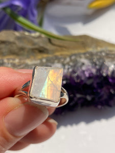 Moonstone faceted small square fine split band ring s.7