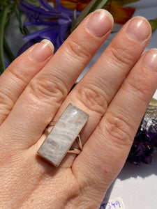 Moonstone rectangular split band ring s.9