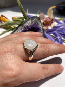 Moonstone teardrop split band ring s.8.5