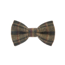 Donegal Tweed Bow Tie - Checkered Olive